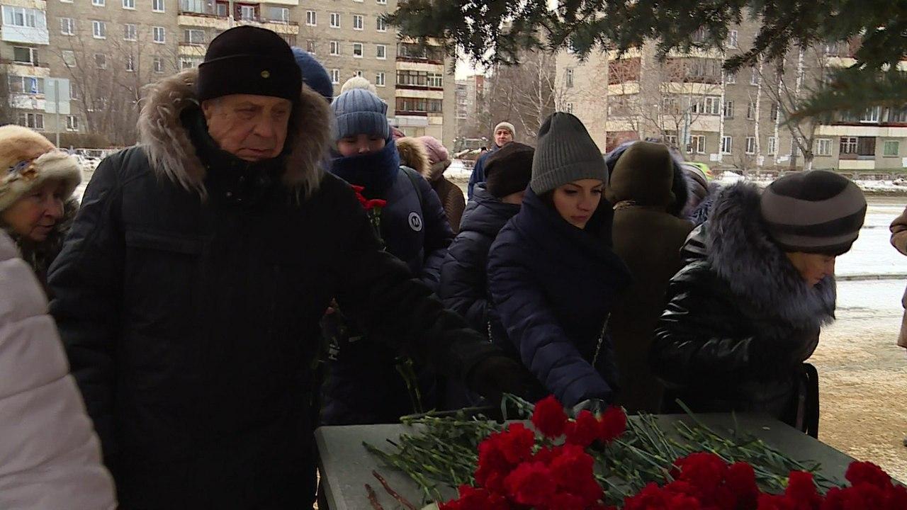 27 января исполнилось 74 года с того дня, как была снята блокада Ленинграда