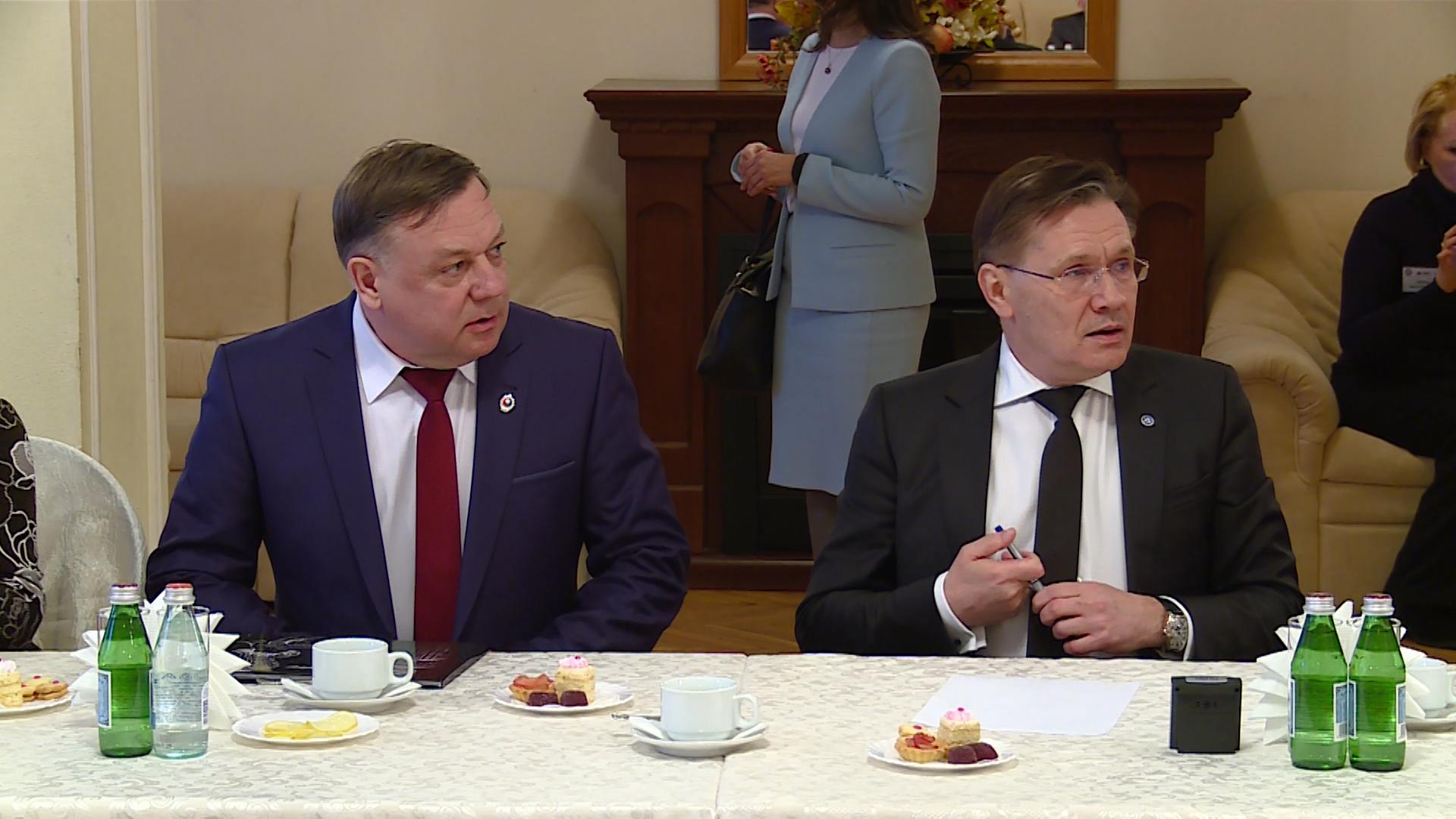 Новоуральск в канун 8 марта посетил генеральный директор Госкорпорации Росатом Алексей Лихачев