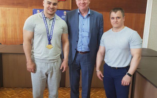 Гордость Новоуральска и страны