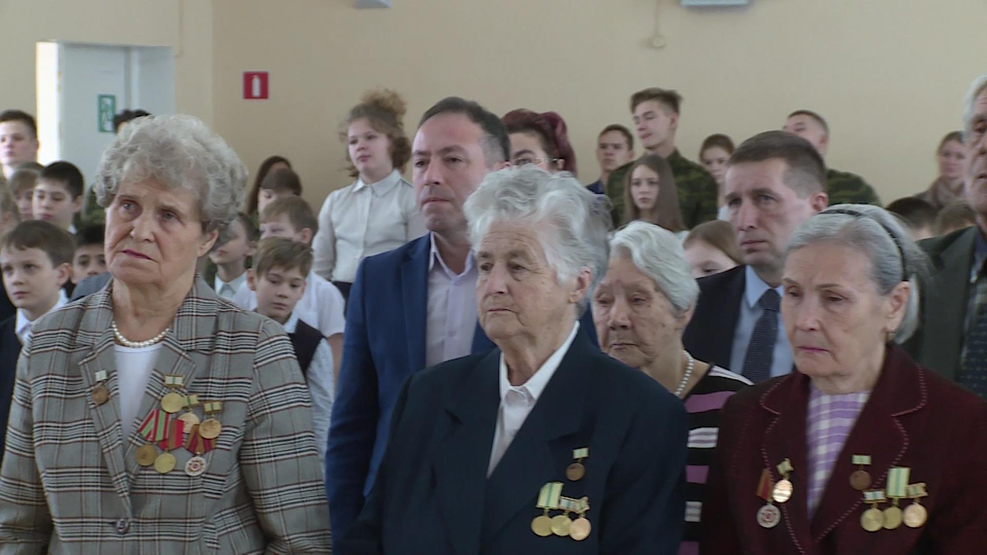 Жители Новоуральска присоединились к мероприятиям, посвященным Дню полного освобождения советскими войсками Ленинграда от блокады его немецко-фашистскими захватчиками