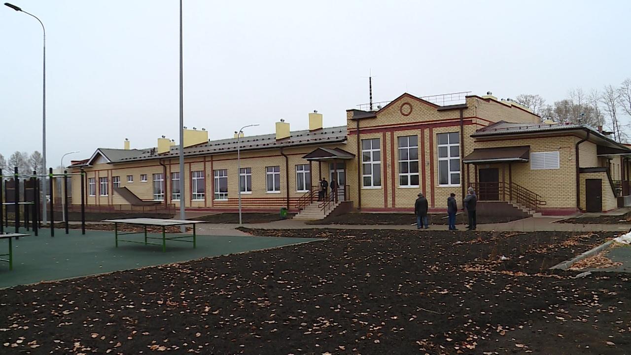 В деревне Починок появилось больше возможностей для учебы и спорта