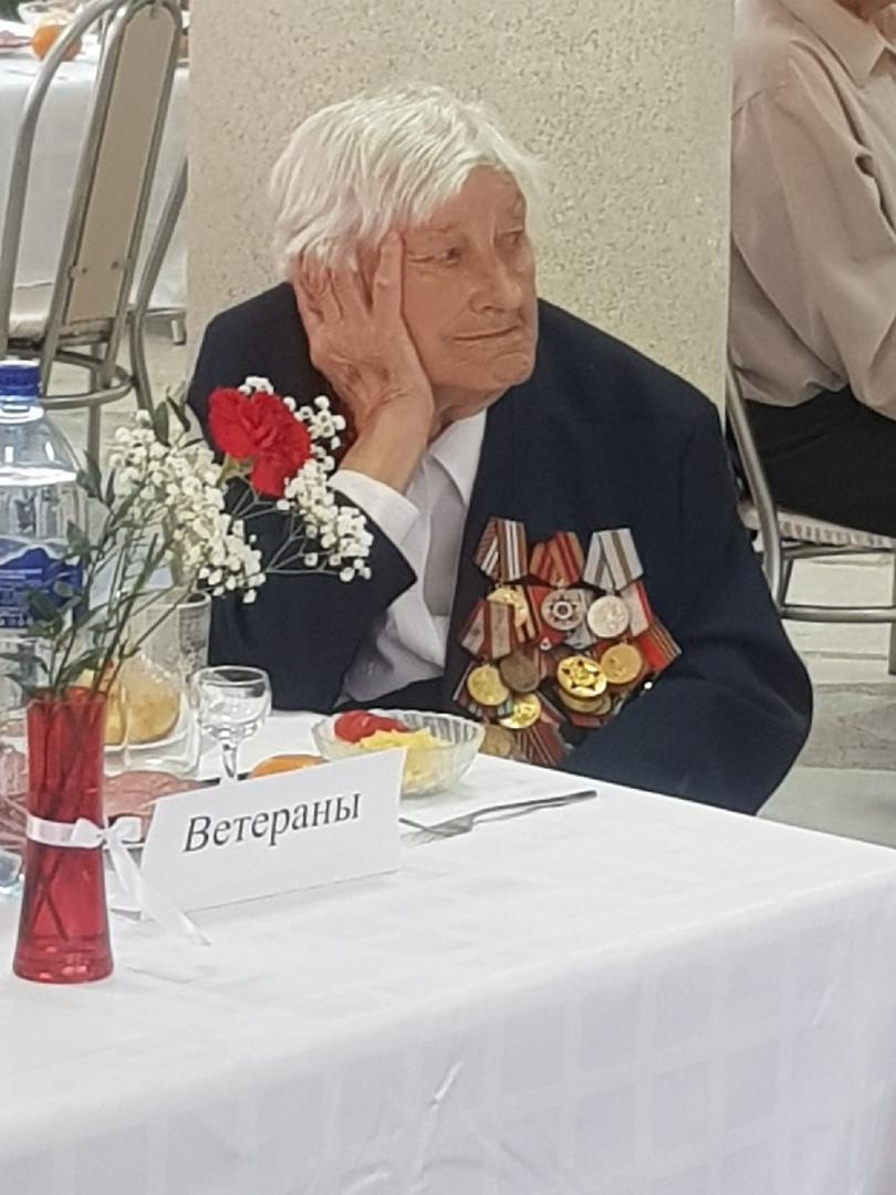 Спасибо ветеранам за жизнь под мирным небом!