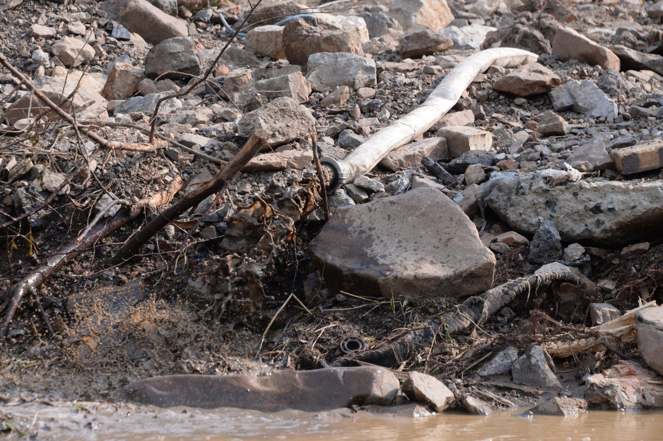 Евгений Куйвашев дал месяц на устранение последствий паводка в Верхней Салде