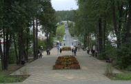 Дружба, молодость, комсомол. В 1957 году был заложен сквер Дружбы. А сегодня он был торжественно открыт после благоустройства