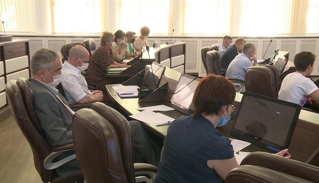 Статистика по заболеваемости COVID-19 в Новоуральске продолжает показывать высокие цифры