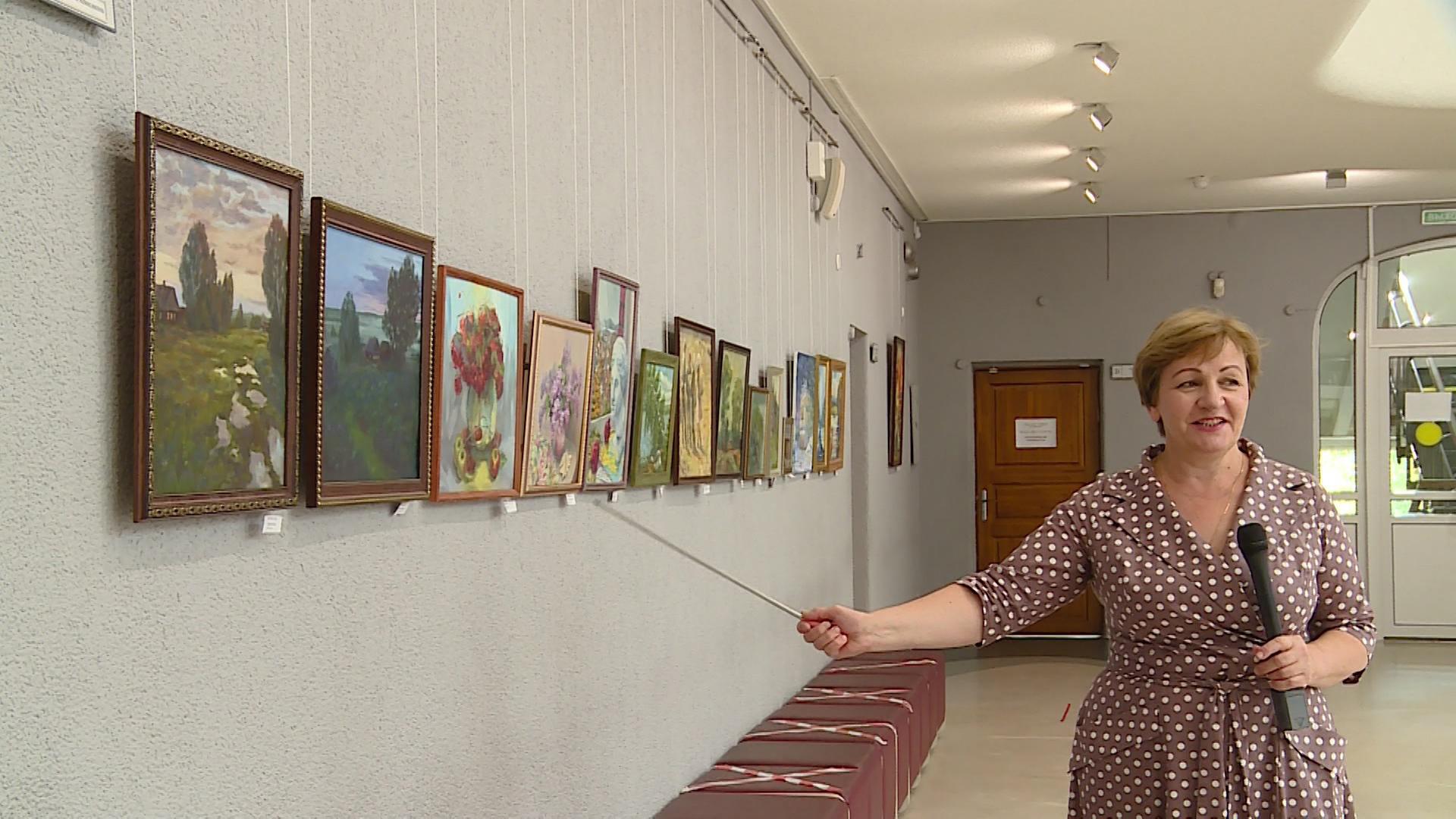 В Детской художественной школе открыта 12-я выставка «Новоуральское передвижничество»