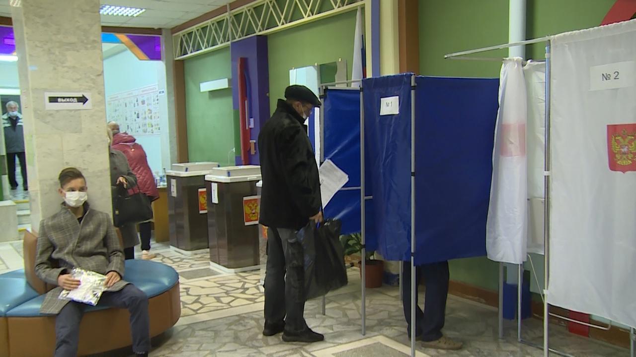 Голосование в школе 40 Новоуральска